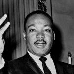 36の名言とエピソードで知る公民権運動家 キング牧師[英語と和訳]
