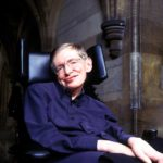 26の名言とエピソードで知る 車椅子の物理学者ホーキング博士[英語と和訳]